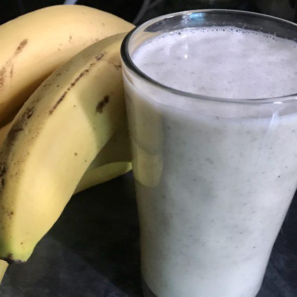 banan oat chia smoothie