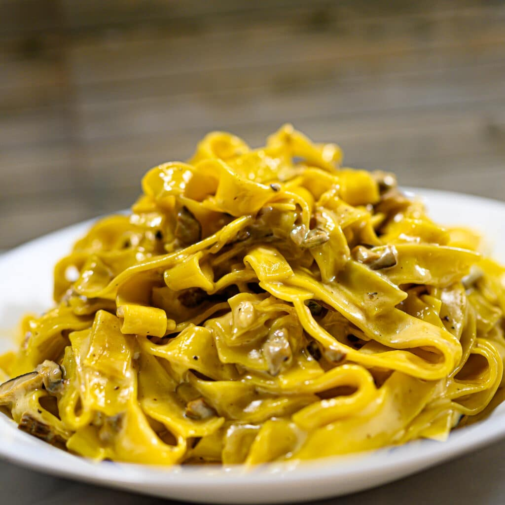 Tagliatelle ai Funghi Mushroom Pasta2