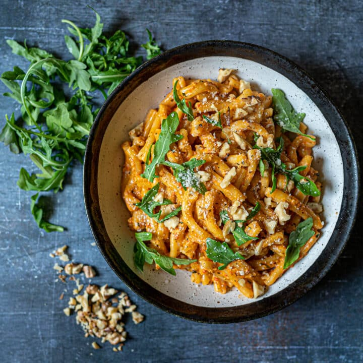 Creamy Roasted Red Pepper Pasta with Walnuts Square