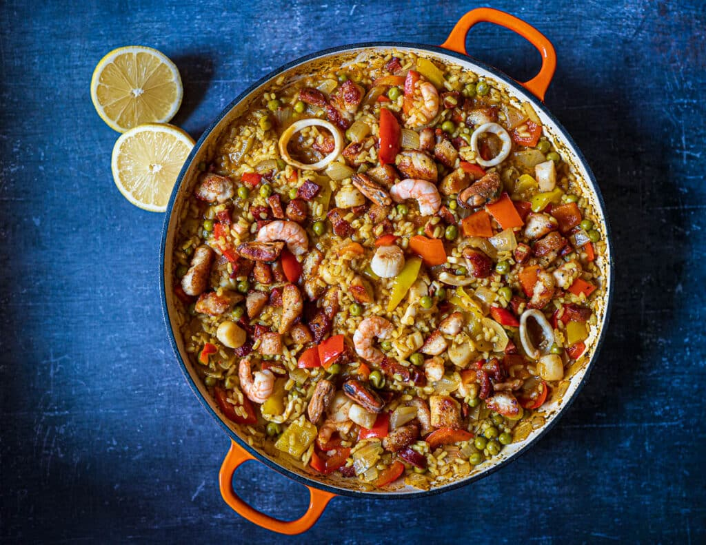 Easy-Seafood-Chicken-Paella-with-Chorizo