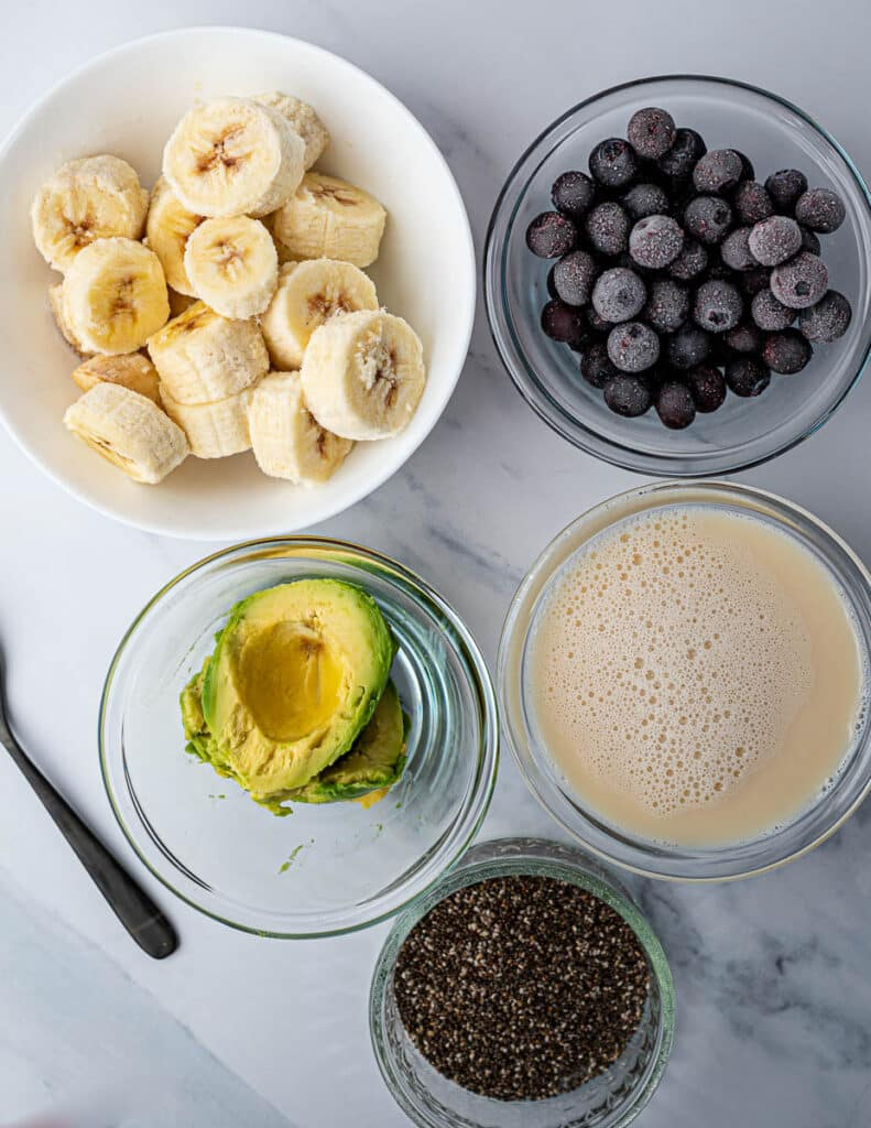 Blueberry Avocado Smoothie with Oat Milk Ingredients