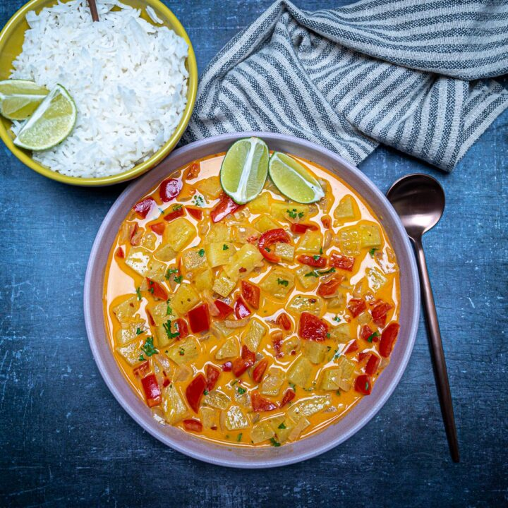 Vegan Thai Pineapple Curry