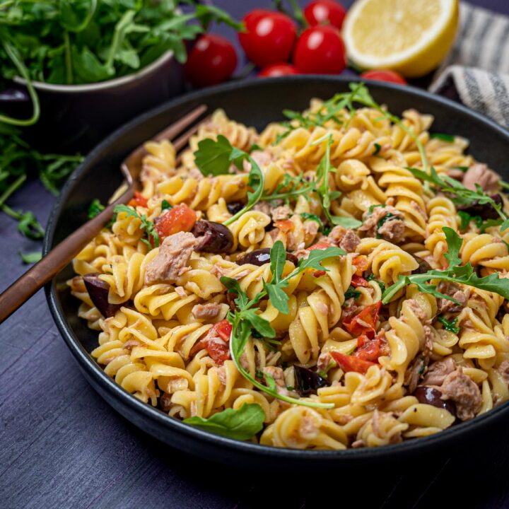 Close up photo of a bowl of tuna pasta