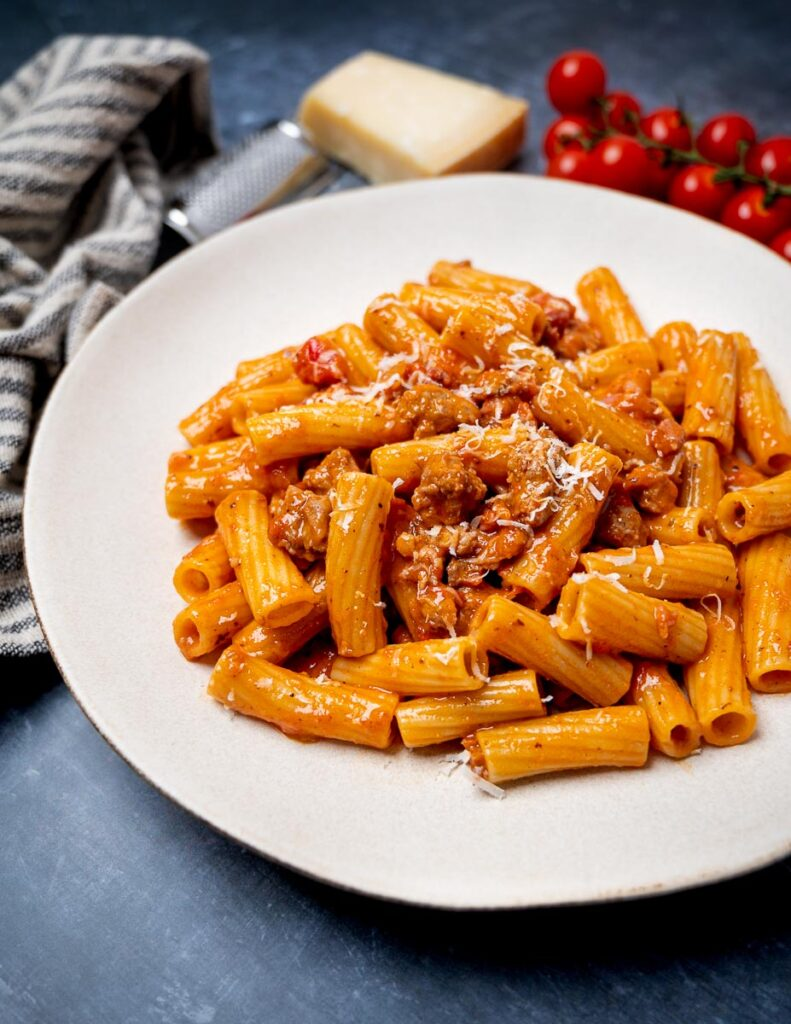 A plate of pasta alla zozzona