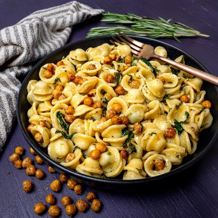 a plate of roasted chickpea pasta