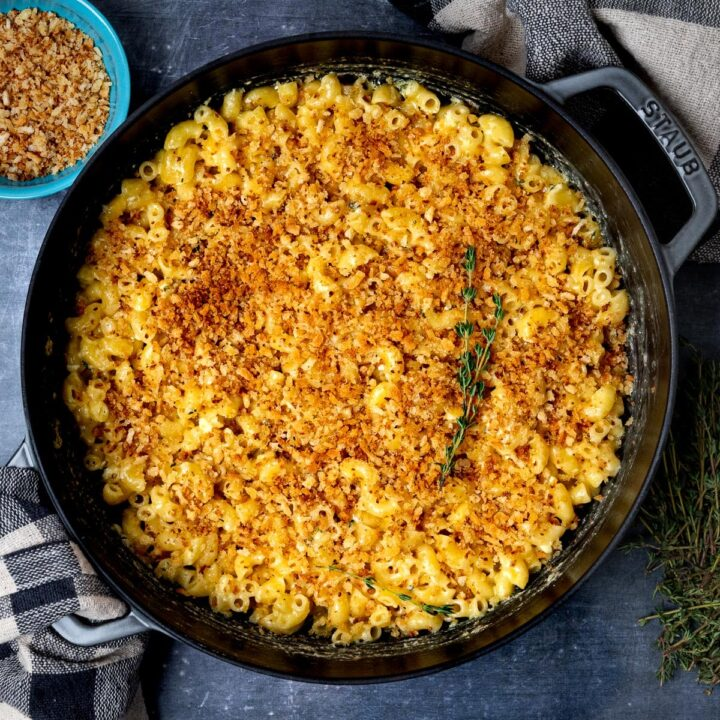 A pan of baked brie mac and cheese