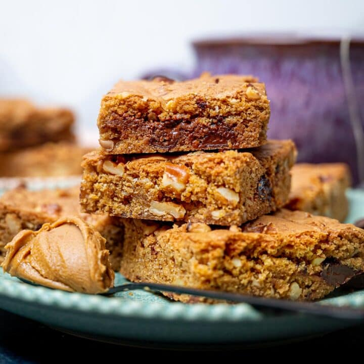A close up photo of a stack of blondies